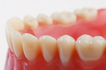 Dentures are available at Clubb Dental, Brisbane